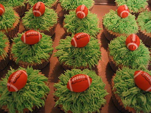 Popular Perfect Football Cupcakes Picture